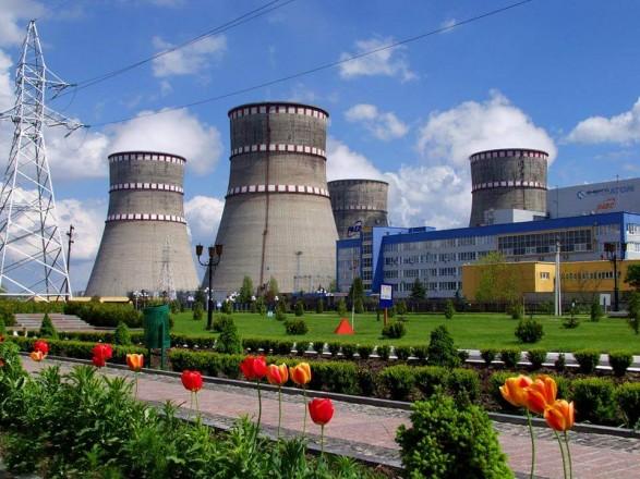 Энергосистема Украины работает без пяти атомных блоков