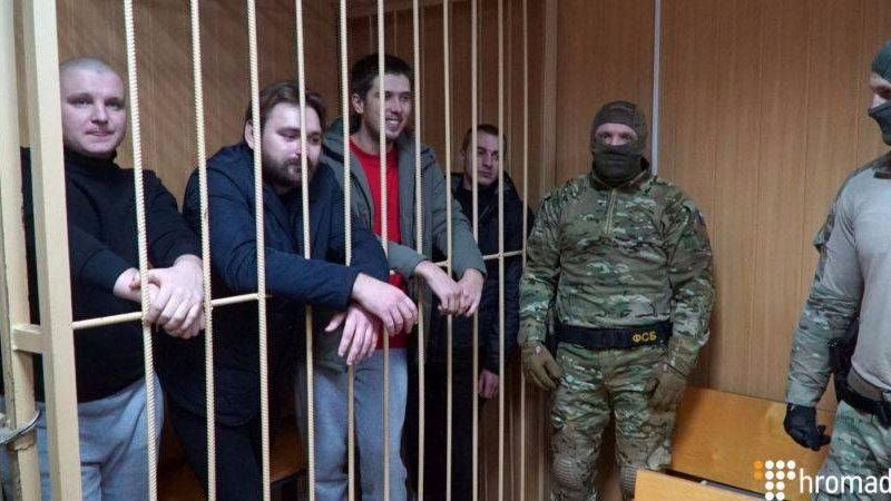 Украинскому консулу разрешили встретиться с пленными моряками