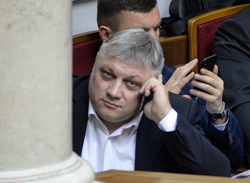 Э-декларации-2018: народный депутат Вадим Пидберезняк продал машину втрое дороже, чем ее купил
