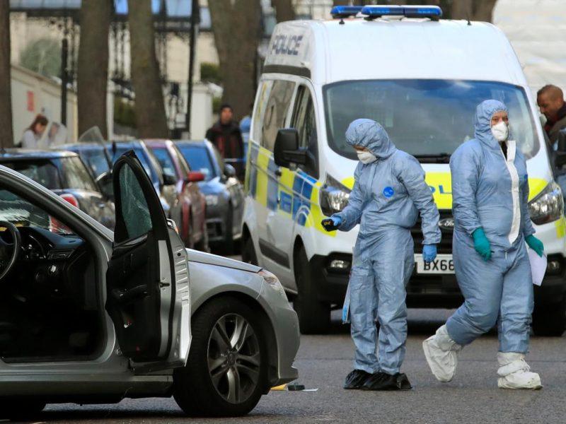 Нападавшего на посольство Украины в Лондоне признали психически больным