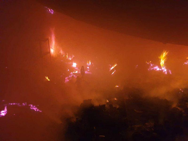 На Николаевщине у фермера в гараже сгорели автомобиль, три мотоцикла, три велосипеда и вещи домашнего обихода
