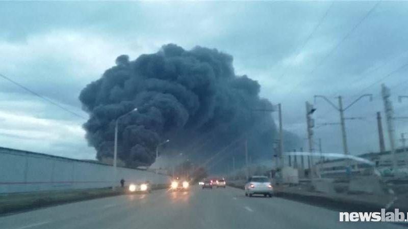 В Красноярске горит завод по производству баллистических ракет