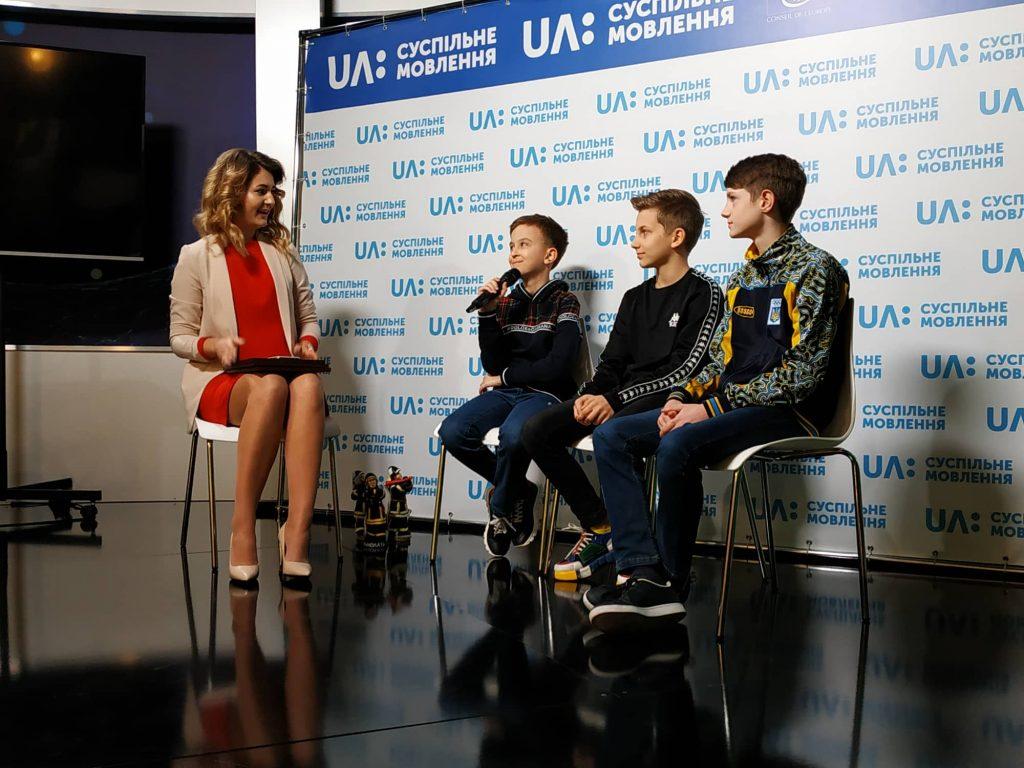 Николаевских школьников, которые, обнаружив мину, вызвали спасателей, наградили грамотами 5