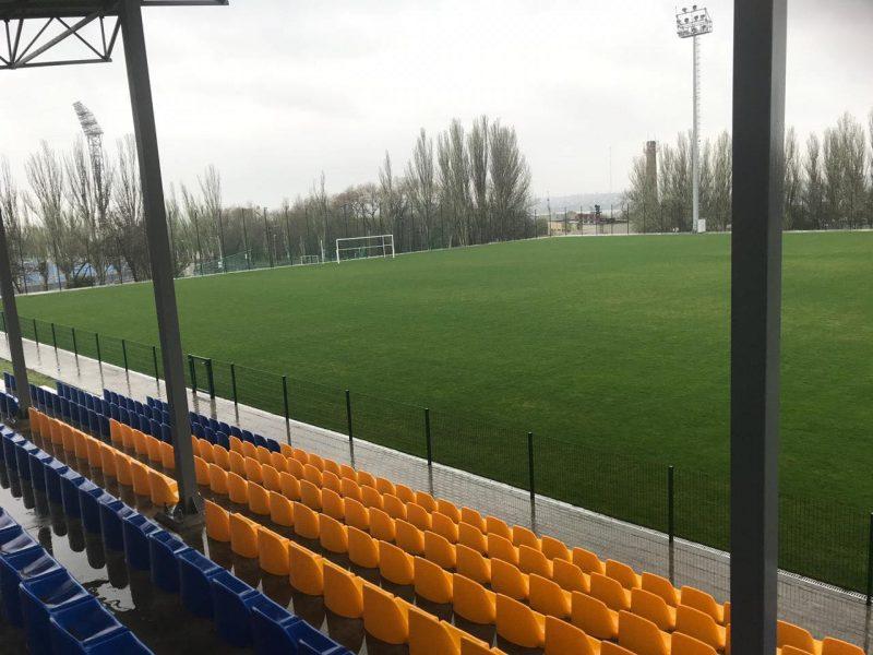 Центральный городской стадион Николаева после зимней паузы возвращается к спортивной жизни