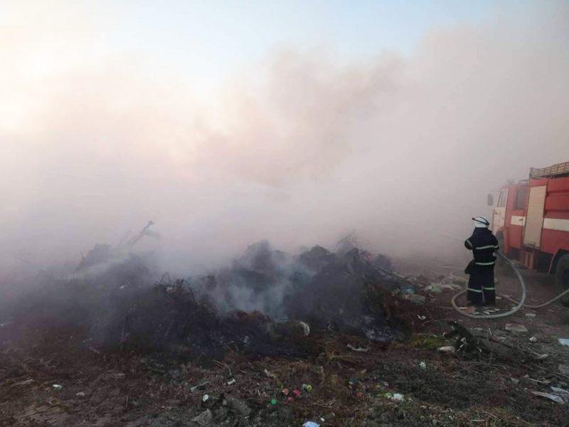 На Николаевщине пожарные ликвидировали большой пожар на полигоне бытовых отходов
