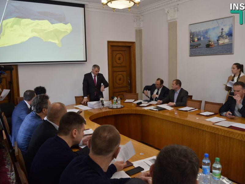 Сенкевич убирает киевлянина Крейнина и экс-губернатора Садыкова из исполкома
