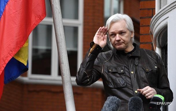 Лондонский суд отказал основателю WikiLeaks Джулиану Ассанжу в освобождении под залог