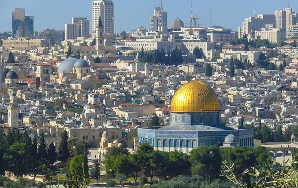 Вчера вспыхнул пожар и на Храмовой горе в Иерусалиме
