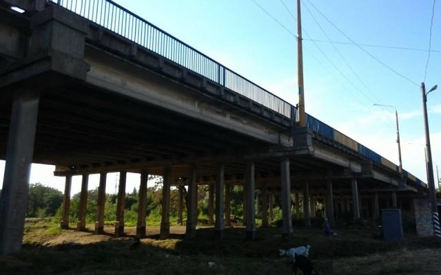 По иску Николаевской прокуратуры суд взыщет с проектанта ремонта моста в Широкой Балке 151 тыс.грн.