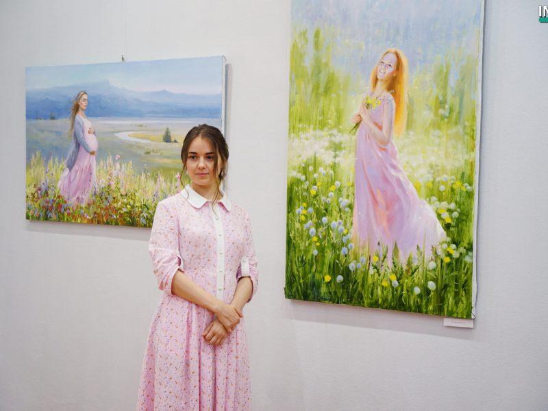 «Краски жизни»: новая выставка Татьяны Дердей в помощь двухлетней малышке открылась в николаевской Могилянке (ФОТО, ВИДЕО)
