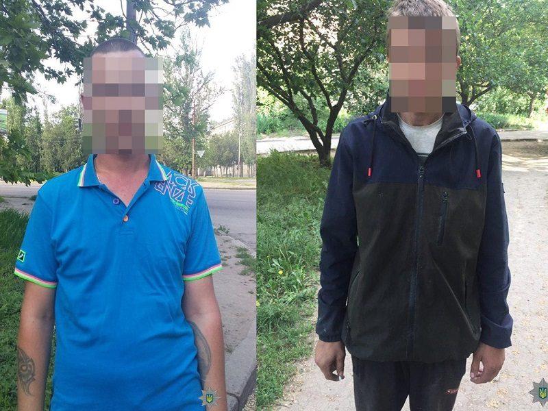 В Николаеве на выходных патрульные выявили двух граждан, которые находились в активном розыске (ФОТО)