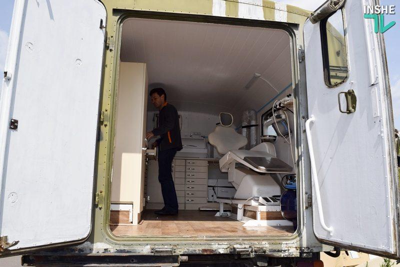 Николаевские волонтеры превратили ГАЗ-66, прошедший Иловайск, в мобильный стоматологический комплекс для 28-й мехбригады