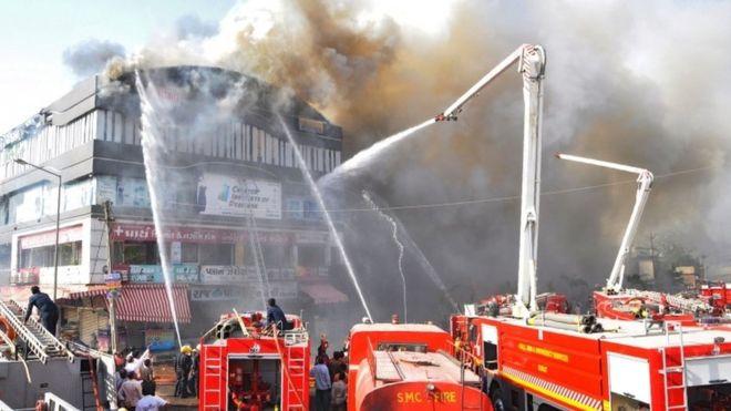 Пожар в школе Индии: погибли не менее 19 учеников