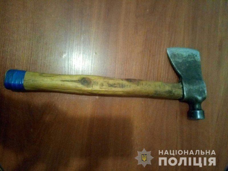 На Николаевщине женщина обухом топора забила сожителя насмерть (ФОТО)