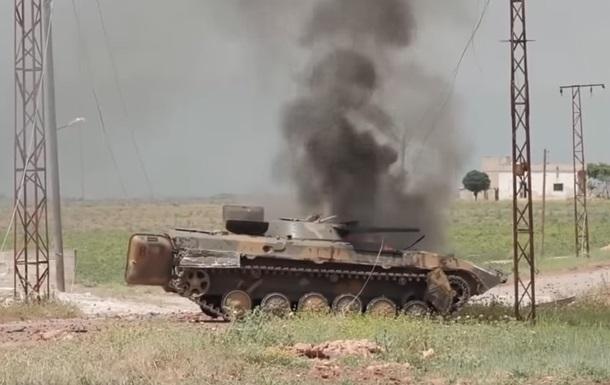 В Сирии журналистов обстреляли из танка (ВИДЕО)