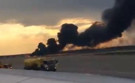 В результате пожара самолета в Шереметьево погибло 10 человек