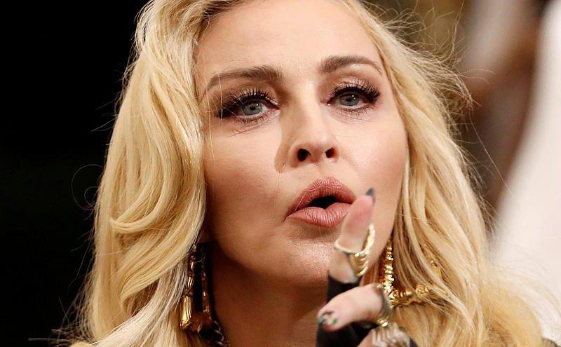 Мадонна заявила, что стала жертвой эйджизма