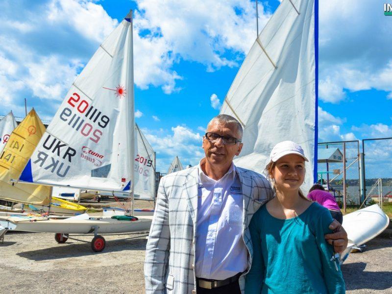 Праздник для всех, кто любит паруса. В Николаеве открыли 132-й спортивный парусный сезон