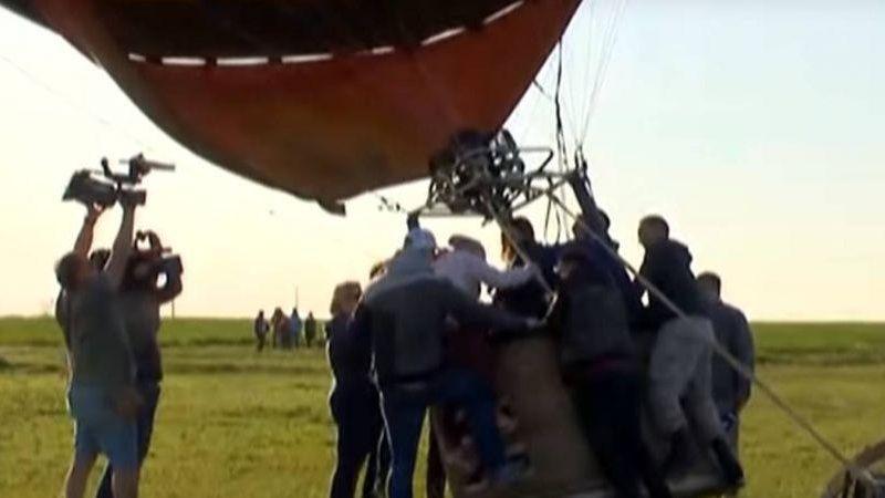 В Крыму во время фестиваля, посвященного оккупации полуострова, ветром унесло воздушный шар с ребенком