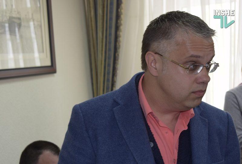КДК адвокатов в Николаеве не смогла рассмотреть жалобу Титова на правозащитника Толпекина: половина комиссии взяла самоотвод
