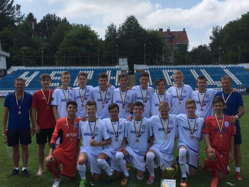 СДЮСШОР «Николаев» — бронзовый призер ДЮФЛУ U-17 в Первой Лиге (ФОТО)