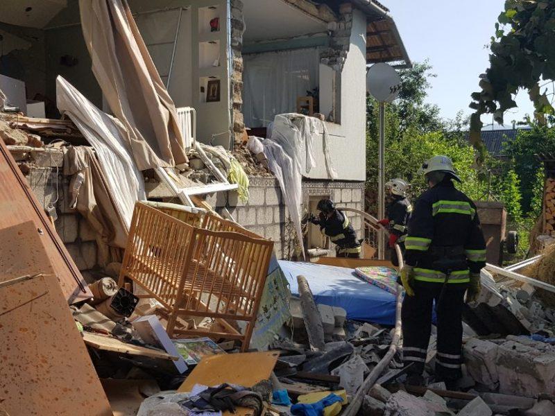 Взрыв газа в доме на Закарпатье из-за «Москвича» – пострадали взрослый и двухлетний ребенок (ФОТО)