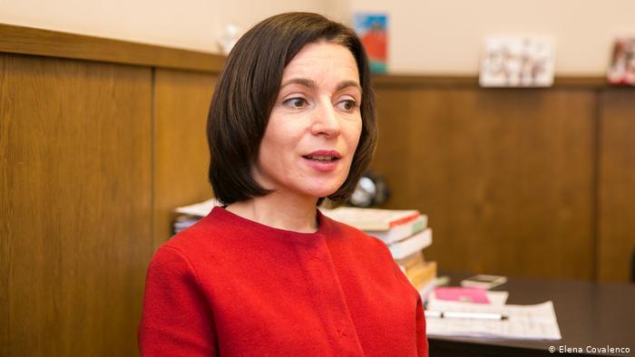 В Молдове парламент, который должен быть распущен по решению Конституционного суда, назначил нового главу правительства