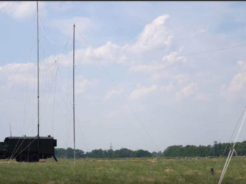 Подавляет и блокирует радиосистемы противника. В Украине испытали станция радиоэлектронной борьбы (ВИДЕО)