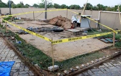 В Индии попытка очистить канализацию в отеле привела к смерти семи человек