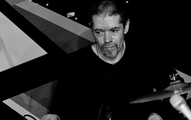 Умер барабанщик группы Машина времени