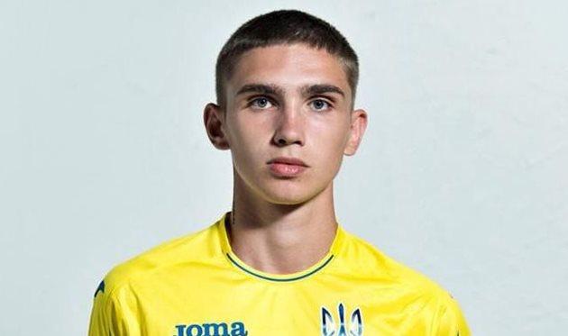 За блестящую сборную Украины U-20 выступает сын военного летчика, героически погибшего на Донбассе в начале войны с РФ (ФОТО)