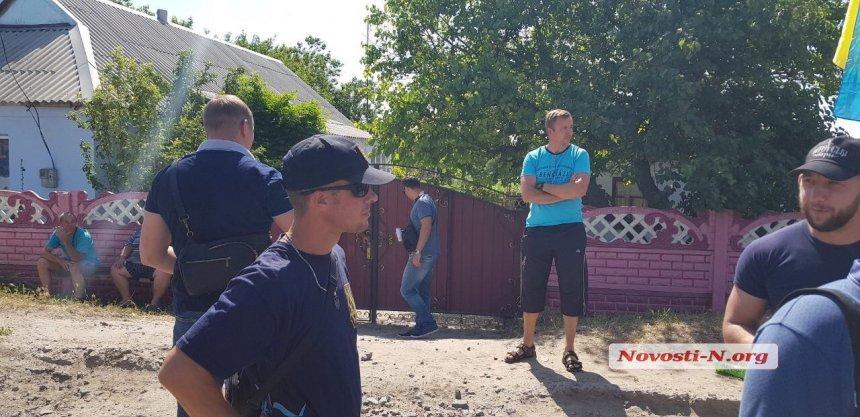 Активисты перекрыли автодорогу «Николаев-Днепр» в Баштанском районе (ФОТО, ВИДЕО) 9
