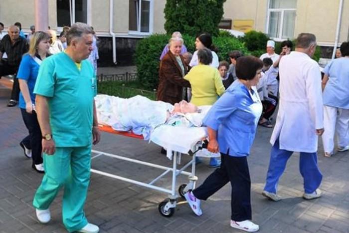В Николаеве из-за сообщений о ложном минировании всех больниц эвакуировали почти 5 тысяч больных