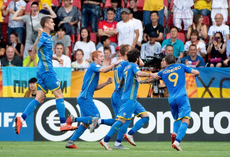 Футболисты юниорской сборной Украины выиграли Чемпионат мира (ФОТО)