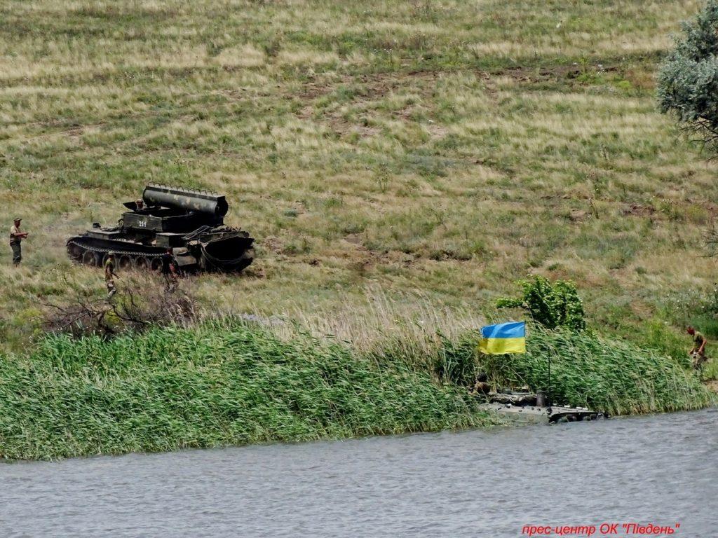 Под Николаевом прошли учения мотострелков (ФОТО) 23