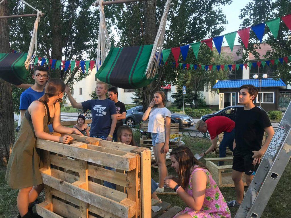 Вы мечтали о месте на свежем воздухе? Студенты УАЛ создали в Николаеве пространство для отдыха «Гамак» (ФОТО) 63