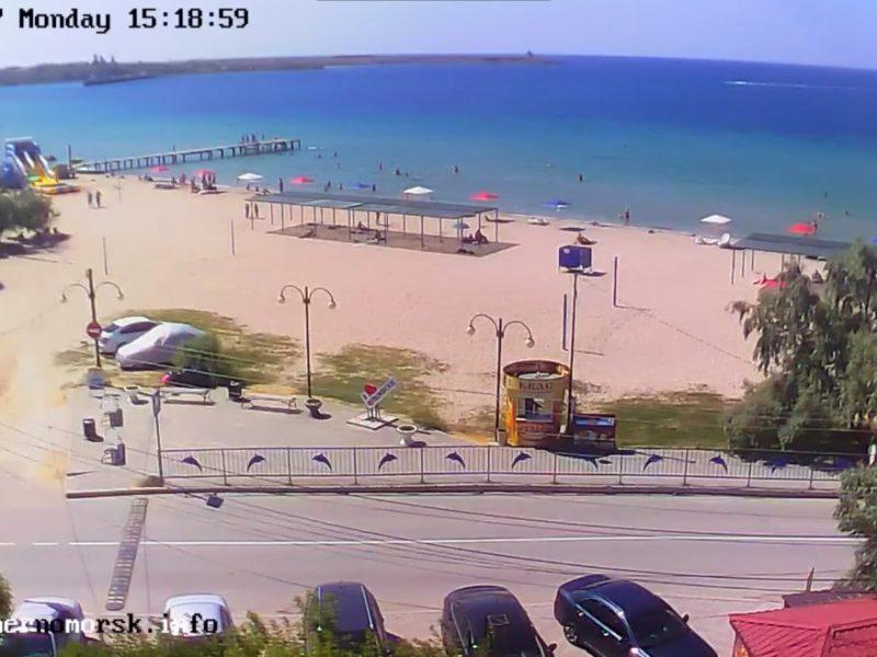 Пустые пляжи и мертвая рыба: как проходит лето в оккупированном Крыму (ФОТО)