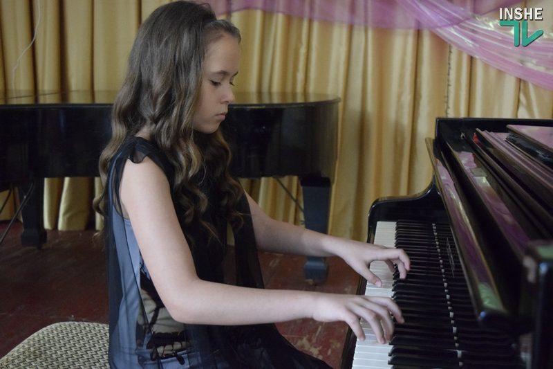 Юная пианистка из Николаева стала дипломантом престижного международного конкурса (ФОТО, ВИДЕО)