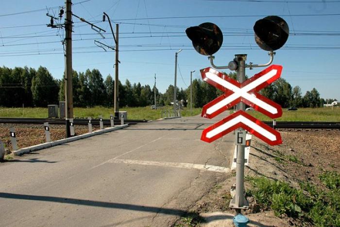 Со среды ограничивается движение автотранспорта через железнодорожный переезд в районе Херсонского шоссе и Новозаводской