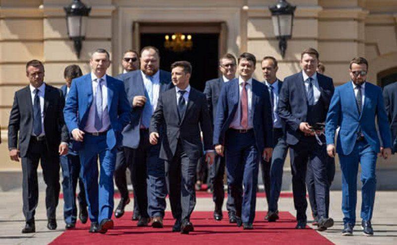 """""""Слуга народа"""" назовет своих кандидатов на должности мэров до конца месяца – Арахамия"""
