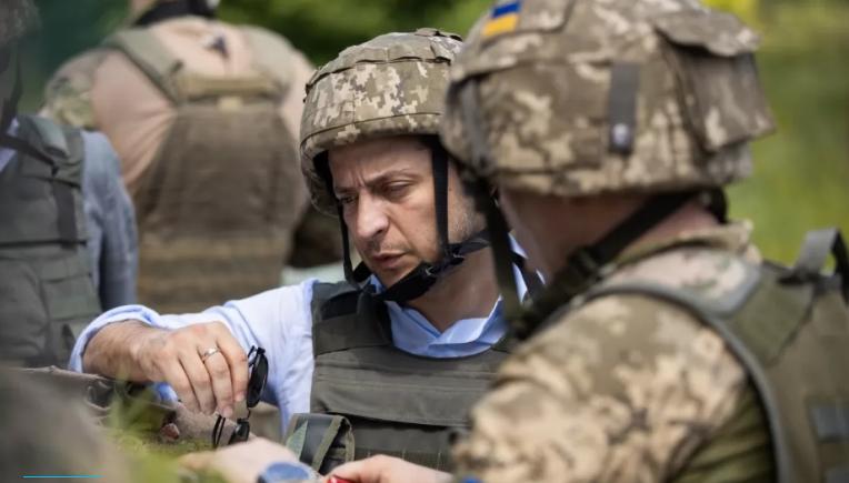 На случай военного положения. Зеленский внес изменения в Положение о службе в армии