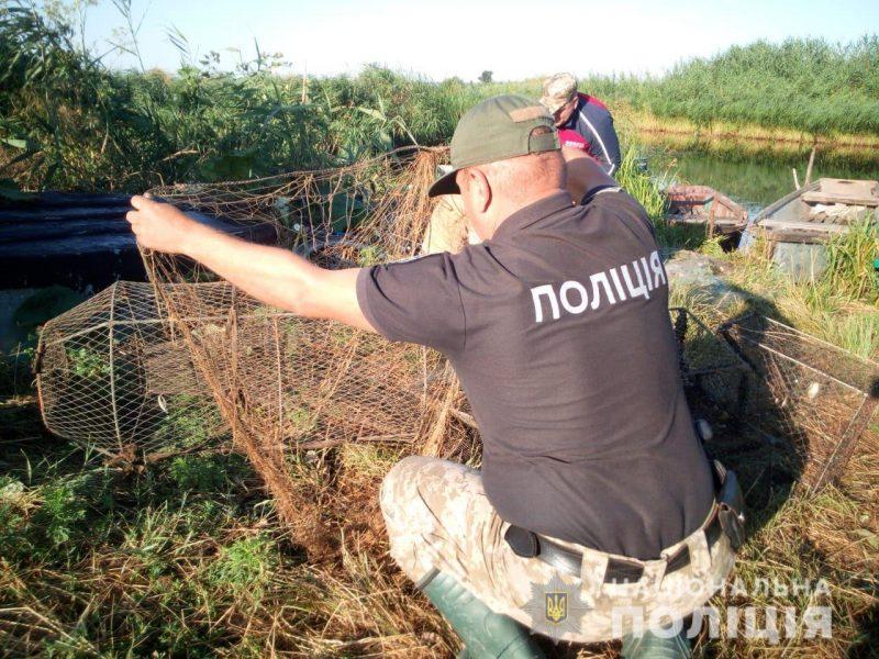 У Гурьевки полицейские и браконьера поймали, и 0,5 км бесхозных сетей из Южного Буга вытралили (ФОТО)