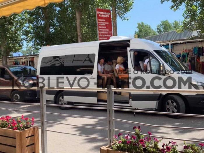 Обновлено. На оператора программы «Ревизор» напали во время съемок в Коблево (ФОТО, ВИДЕО)