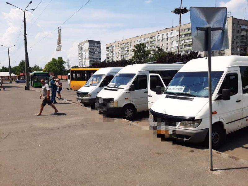 В Николаеве сотрудники Укртрансбезпеки после проверки «дисквалифицировали» одну маршрутку (ФОТО)