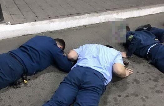 На Николаевщине на взятке в $400 попались начальник таможенного поста и его заместитель (ФОТО)