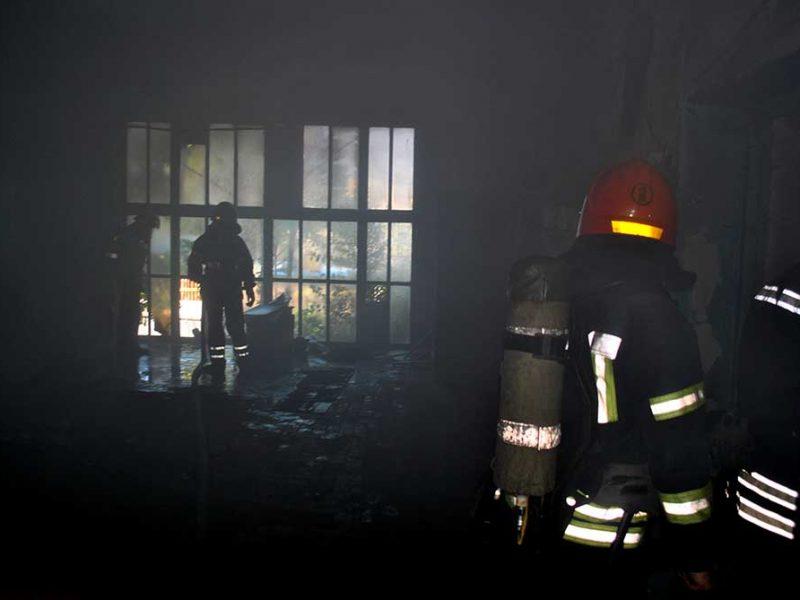 В Кривоозерском районе горел сенник, а в Николаеве – арендованное помещение с мусором (ФОТО)