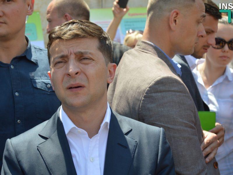 Украинцы считают Зеленского «неудачником года» — опрос