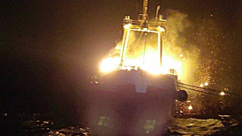 На загоревшимся у берегов Мавритании траулере «Иван Голубец» погибли двое моряков