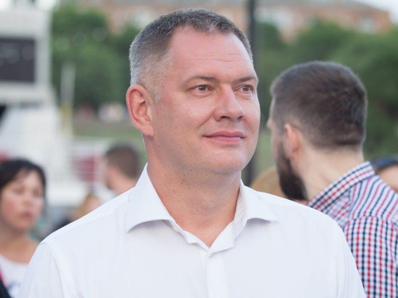"""Козырь признал свой проигрыш на округе и поздравил с победой кандидата от """"Слуги народа"""""""