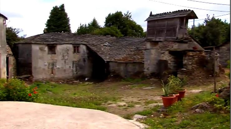 В Испании группа пенсионеров купила деревню (ВИДЕО)